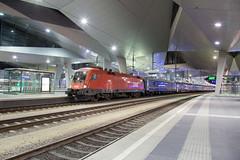 ÖBB 1116 066 Wien Hauptbahnhof (daveymills37886) Tags: öbb 1116 066 wien hauptbahnhof siemens taurus es64u2
