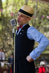The Crooner (f22photographie) Tags: crich1940sweekend2019 people singers entertainers vintageevent hats bowtie microphone candidphotography leicaaposummicronsl75mmf20 1940sreentactmentevent