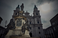 Marien Statue, Salzburg (enrique.torrens) Tags: austria salzburg statue cathedral travel easter holidays nikon d3200 cloudy cloud photography streetphotography travelphotography