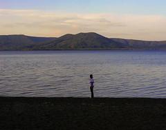 Scende la sera sul lago di Vico (giorgiorodano46) Tags: settembre2007 september 2007 giorgiorodano lagodivico lago lake lazio italy sera twilight