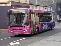 Uno ADL Enviro 200 518 YX65 RNJ (Alex S. Transport Photography) Tags: bus outdoor road vehicle uno universitybus adlenviro200 enviro200 e200 adldartslf4 route21 route21branding violet 518 yx65rnj