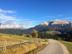 2017-11-01 iP JB 11327#s20 (cosplay shooter) Tags: panoramaweg südtirol altoadige southtyrol italien italia italy x201904 100c deutschnofen
