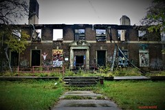 In front of the Kronk (SCOTTS WORLD) Tags: adventure america abandoned architecture brick building blight sky fun fall detroit digital decay dilapidated detail 313 exploring empty michigan midwest motown motorcity morning panasonic pov perspective urban usa unitedstates urbex urbanexploring urbandecay green grass graffiti gym community october 2017 stairs windows weathered trees texture