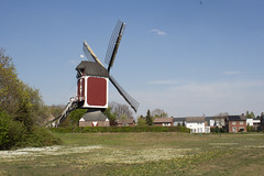 Asten - De Oostenwind (Grotevriendelijkereus) Tags: noord brabant holland netherlands nederland architecture architectuur gebouw building dorp village town plaats molen mill windmill windmolen