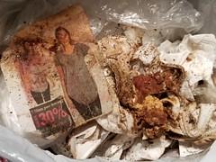 20190323_015311 (math33math) Tags: waste bag basura garbage sac trash rubbish poubelle poubelles déchets déchet discarded panties undergarnment underwear undies culotte