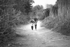 II - Nikon 180mm 2.8 (thomas.pirolt) Tags: nikon 180mm sony india streetphotography