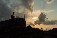 Mom and son (Johnson_Tsang) Tags: mother son child childen landscape magichour sunset leiyuemun hongkong hk lighthouse silhouette mft olympus ngc love samkatsuen 三家村 鯉魚門 m43 香港 日落