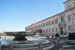 Piazza del Quirinale (giorgiorodano46) Tags: aprile2019 april 2019 giorgiorodano roma italy quirinale piazza square fontana palazzo fountain palazzodelpresidentedellarepubblica