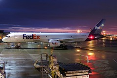 N933FD FedEx Express 757-21B at KCLE (GeorgeM757) Tags: n933fd fedexexpress federalexpress 75721b 757f kcle sunrise georgem757 clevelandhopkins ramp canons100 aircraft aviation airplane airport boeing
