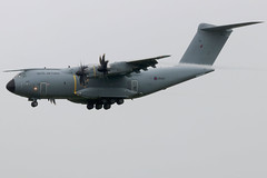 ZM409 (GH@BHD) Tags: zm409 airbus airbusmilitary a400 a400m atlas raf royalairforce bfs egaa aldergrove belfastinternationalairport turboprop cargo freighter military airlifter transporter transport aircraft aviation