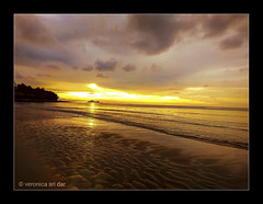Sunset at Permai Rainforest (VERODAR) Tags: sunset beach sky evening eveninglight eveningsky damai permairainforest wave sand sarawak sarawakborneo kuching verodar veronicasridar