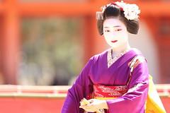 Maiko dance (Teruhide Tomori) Tags: kyoto japon japan heianjingushrine maiko performance tradition festival kimono stage 舞妓 京都 伝統 日本 着物 舞台 lady 踊り dance portrait event 平安神宮 happyplanet asiafavorites