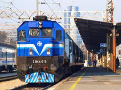 HŽ 2044 015   2015/03/20   Ub 991   Zagreb GK   01 (Ježko) Tags: croatianrailways hrvatskeželjeznice hž hžputničkiprijevoz hžpp gmemd emd gt22hw2 emdgt22hw2 jž645 hž2044 hž2044015 2044 015 2044015 ubrzani 991 ubrzani991 zagrebgk
