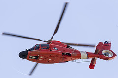USCG Corpus Christi Aerospatiale MH-65D Dolphin 6539 (pointnshoot) Tags: canonef100400mmf4556lisiiusm aerospatialemh65d dolphin 6539 helicopter