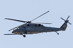 US Air Force Sikorsky HH-60G Pave Hawk 89-26195 (pointnshoot) Tags: canonef100400mmf4556lisiiusm sikorskyhh60g pavehawk 8926195 helicopter