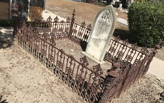 #MissionSanJosé #Cemetery , a #Spanishmission located in the present-day city of  #Fremont, #California. It was founded on June 11, 1797, by the #Franciscanorder and was the fourteenth Spanish mission established in California. (Σταύρος) Tags: angeline maryangeline inmemoryof missionsanjose missionsanjosé cemetery spanishmission fremont california franciscanorder graves κοιμητήριον 公墓 begraafplaats cimetière friedhof νεκροταφείο reilig 墓地 묘지 gravplass قبرستان cemitério кладбище cementerio kyrkogård mynwent kalifornien californië kalifornia καλιφόρνια カリフォルニア州 캘리포니아 주 cali californie northerncalifornia カリフォルニア 加州 калифорния แคลิฟอร์เนีย norcal كاليفورنيا churchcemetery