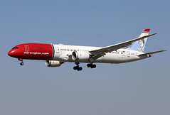 "Norwegian  Long  Haul / Boeing   B 787-9   LN-LNP  ""Amy Johnson"" / LEBL - BCN / fév 2019 (gimbellet) Tags: canon nikon spotting spotter boeing bcn barcelone barcelona elprat lebl planes transport transportation a330 a380 a320 airplanes a340 aviation aircraft avions airbus aeroport airport a350 aeronautique atr airplane aeroplane b787 b7879"