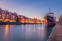 Gdansk at dusk (Vagelis Pikoulas) Tags: dusk blue hour gdansk poland europe travel 2470mm tokina canon 6d landscape sea seascape city cityscape urban reflection reflections ship april spring 2019