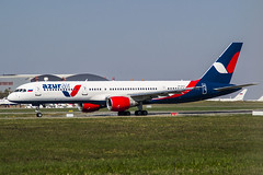 VP-BYC Azur Air Boeing 757-231 (Nathan_Ivanov) Tags: airolane aircraft vko vnukovo uuww spotting boeing boeing757 azurair