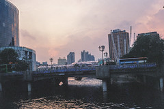 Sunset at Clarke Quay (Thanathip Moolvong) Tags: olympus 35 sp kodak color plus 200 film rangefinder
