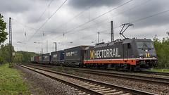 HectorRail 241.004 ''R2D2'' storming through Krefeld Hohenbudberg (Nicky Boogaard) Tags: krefeld germany deutschebahn deutschland railroadphotography dmrailroad dmrailway railway railfan railfanning hectorrail 241004 r2d2
