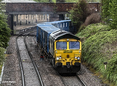 66540 at Northwich on 26 Apr 19 (John_Hales) Tags: actonbridge freightliner class66 networkrail rail railway cheshire train trains shed wcml