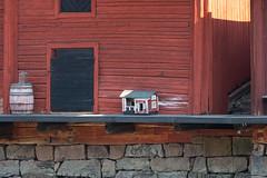 House for bids? (JarkkoS) Tags: 70200mmf28efledvr d500 finland porvoo tc17eii uusimaa