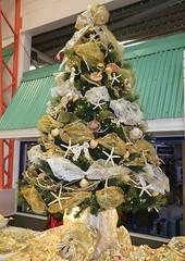 Barbados Christmas Tree (Stabbur's Master) Tags: christmas christmasdecorations christmastree barbados carnivalcruiseline caribbeancruising caribbeansea caribbeanisland cruising cruise barcelona bridgetown barbadoschristmastree barbadoscruiseport