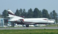 N28DC (Gary Kenney Aviation) Tags: n28dc dassault falcon 900 dundee airport airplane