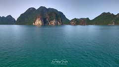 Halong Bay Golden Hour (engrjpleo) Tags: halongbay vietnam southeastasia karst island rock outdoor landscape seascape sea water waterscape