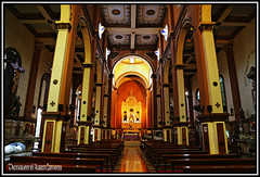 IGLESIA SAN JOSE. SAN JOSE CHURCH. GUAYAQUIL - ECUADOR. (ALBERTO CERVANTES PHOTOGRAPHY) Tags: iglesiasanjose sanjosechurch sanjose saint jose san iglesia church arquitectura architecture photography reflejo reflection indoor outdoor blur cruz cross hall fe faith believe hope holy retrato portrait luz light color colores colors brillo bright brightcolors belief guayaquil gye guayas ecuador republicadelecuador guayaquilecuador ecuadorguayaquil gyeecuador ecuadorgye malecon2000 malecon colorlight interior inside photoart art photoborder creative