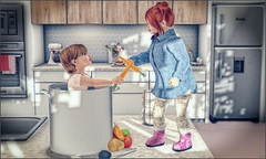*En garde, sister!* ❤️ (Ⓐⓝⓖⓔⓛ (Angeleyes Roxley)) Tags: extra en garde carrots vegetables pan sl secondlife toddleedoo mainstore marketplace