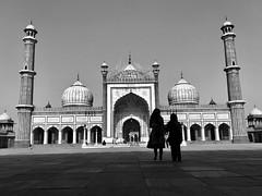Jama Masjid , Delhi (Rash_mint) Tags: monuments silhouette delhi bw blacknwhite mosque jamamasjid