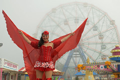 Wonder Wheel (nyperson) Tags: coneyisland denos ferriswheel amusementpark newyork