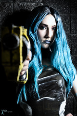 Awesome Con '19 - Maya (FightGuy Photography) Tags: gun cosplay awesomecon gcchancosplay bluehair boarderlands maya strobistphotography ocf pistol