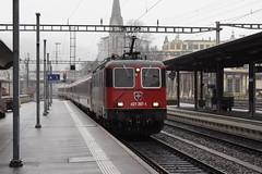 20081022 019 St Gallen. 421 397-1 Approaches With  EC195, 13.16 Zurich Hb - Munchen Hbf (15038) Tags: railways trains sbb cff ffs switzerland re44ii re420 electric locomotive 4213971 stgallen