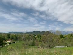 (Paolo Cozzarizza) Tags: italia friuliveneziagiulia pordenone castelnovodelfriuli panorama cielo alberi erba