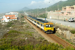 CP 592.2 | Vila Praia de Âncora (Fábio-Pires) Tags: portugal cp 5922 cp5922 vilapraiadeâncora camello macosa diesel tracçãodiesel railcar cpregional automotora minho linhadominho interregional