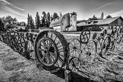 Dahmen Barn Wagon Wheel Fence (PNW-Photography) Tags: dahmenbarn dahmen wagon wheel wagonwheelfence wagonwheel fence barn country rural rusty dusty old uniontown washington palouse