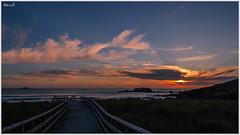 Puesta en el Vilar (Neli Martin) Tags: vilar praixal cobas ferrol coruña galicia españa playa sol atardecer ocaso spain beach sun sunset neli martin ngc