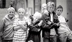 Young Vikings (Steve Lundqvist) Tags: stockholm sweden summer steve boys kids children street persone foto gruppo group