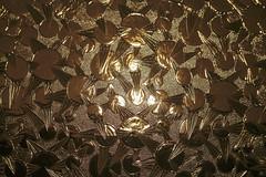Golden Age - 29/100x (eskayfoto) Tags: canon eos 700d t5i rebel canon700d canoneos700d rebelt5i canonrebelt5i abstract lightroom 100x 100xthe2019edition 100x2019 image29100 sk201903208065editlr sk201903208065 glass gold golden door pattern bright light