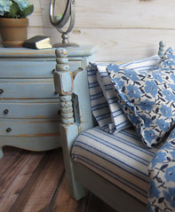 Bed close up (Foxy Belle) Tags: dollhouse bed diy craft make 112 blue white pillows blankets