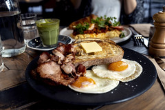 Bacon and Egg (Photos By Dlee) Tags: sonyalphaa7iii sonya7iii sonya73 sony sonyalpha mirrorless fullframe fullframemirrorless sigma35mmf14art sigma35mmf14 sigma35mmf14dghsmart 35mm prime primelens bokeh bokehlicious photo photosbydlee photography australia sydney newsouthwales nsw autumn food devoncafe bacon eggs