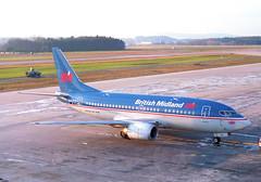 British Midland Airways Boeing 737-500; G-BVKD@ZRH;03.02.1996 (Aero Icarus) Tags: zrh zürichkloten zurichairport zürichflughafen lszh plane avion aircraft flugzeug negativescan