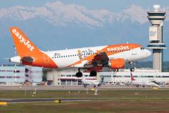 easyJet Airbus A319-100 OE-LKF | Milano - Malpensa (MXP-LIMC) | 1st May 2019 (Brando Magnani) Tags: controltower aviation airplane aircraft malpensa landing venezia airbusa319 airbus easyjeteurope easyjet