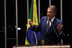"""Alvaro Dias em Discurso na Tribuna do Senado Federal • <a style=""""font-size:0.8em;"""" href=""""http://www.flickr.com/photos/100019041@N05/40790488223/"""" target=""""_blank"""">View on Flickr</a>"""