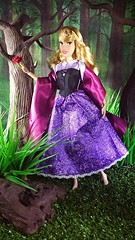Disney store singing Briar Rose/Aurora doll 2019 (custombase) Tags: disney store classics singing doll sleepingbeauty briarrose aurora forest toyphotography