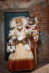 Cats in Burano ! (Claude Schildknecht) Tags: burano carnaval carnevaledivenezia2019 carnival costume costumé italia italie italy mask masque venedig venezia venice venise