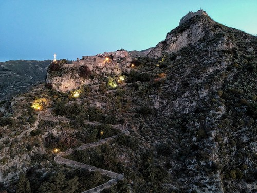 Taormina to Castelmola